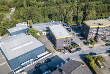RUHR REAL verkauft Gewerbeimmobilie im Duisburger Süden an BS Grundbesitz