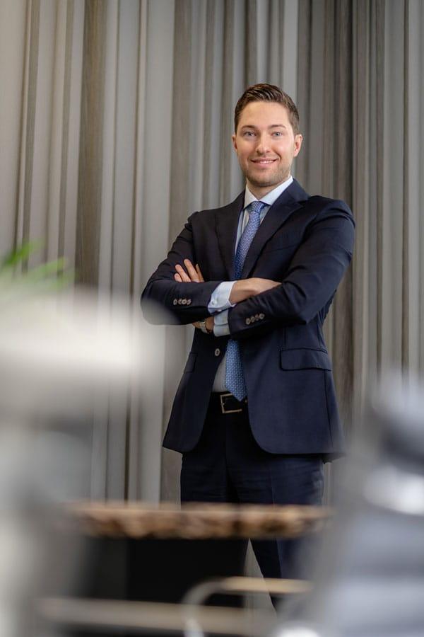Max Kanoniczak   RUHR REAL GmbH