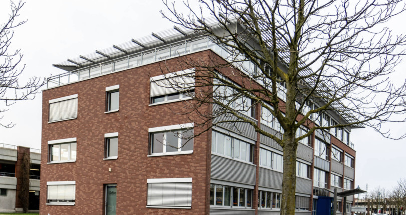 Erster Standort in Oberhausen: RUHR REAL vermittelt 546 m² große Schulungsfläche an Bildungsinstitut