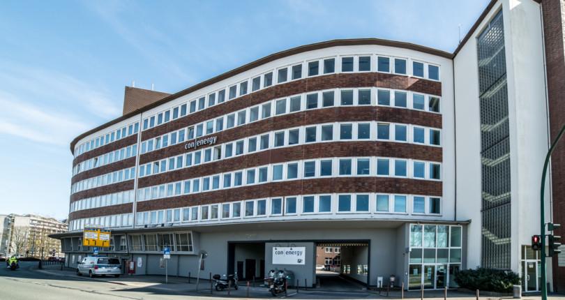 RUHR REAL vermittelt 400 m² Bürofläche an Pflege-Netzwerk in Essen