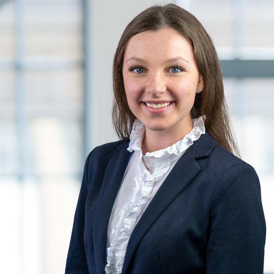 Lynn-Marie Hilfer | RUHR REAL GmbH