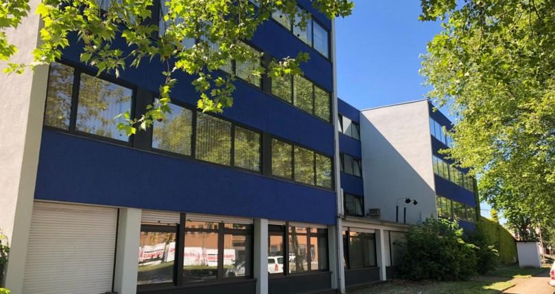 RUHR REAL vermittelt 1.000 m² Laborfläche an Dermatopathologie Duisburg GbR