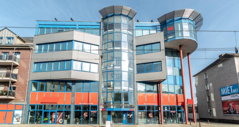 Duisburg: RUHR REAL vermietet 455 m² Bürofläche an REDEX
