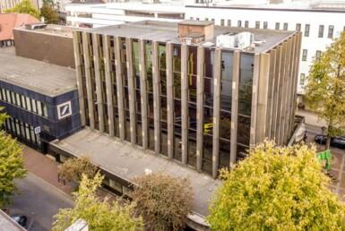 Ehemaliger Sitz der Volksbank Oberhausen verkauft | RUHR REAL vermittelt Immobilie an Schmidt-Gruppe