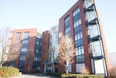 Standortbekenntnis für Mülheim: RUHR REAL vermittelt 860 m² Bürofläche an Weles GmbH